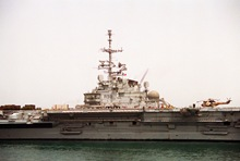 French_aircraft_carrier_FS_Clemenceau_(R-98)