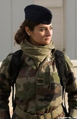 _wsb_250x386_le-lieutenant-charline-redin